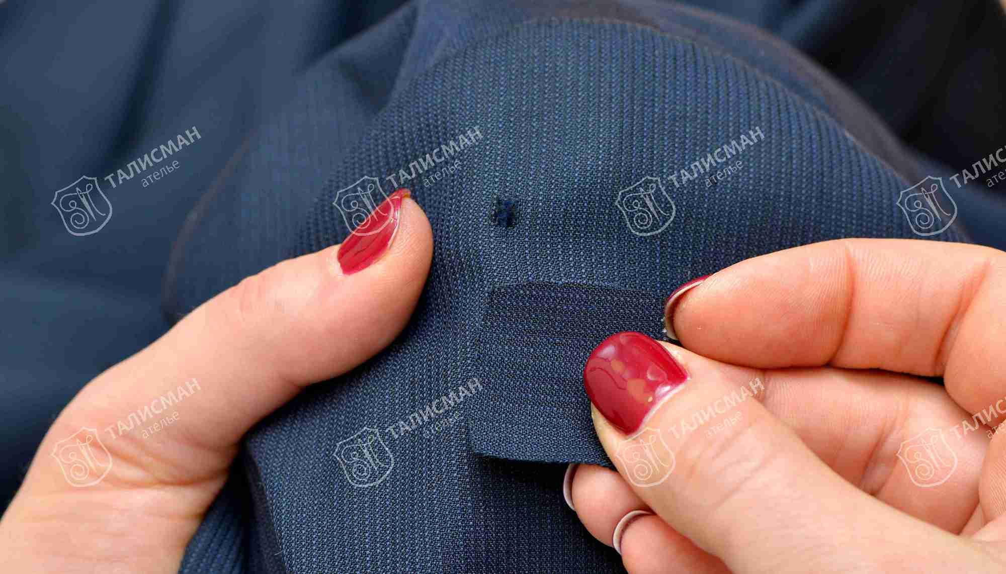 Как убрать зацепку на платье